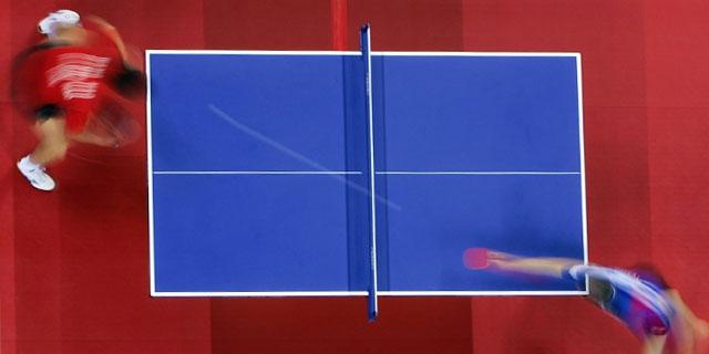 partida de ping pong de competición